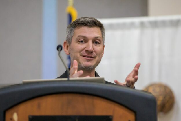 Mike Robertson - Speaking at the GACVB Conference in Valdosta, Georgia